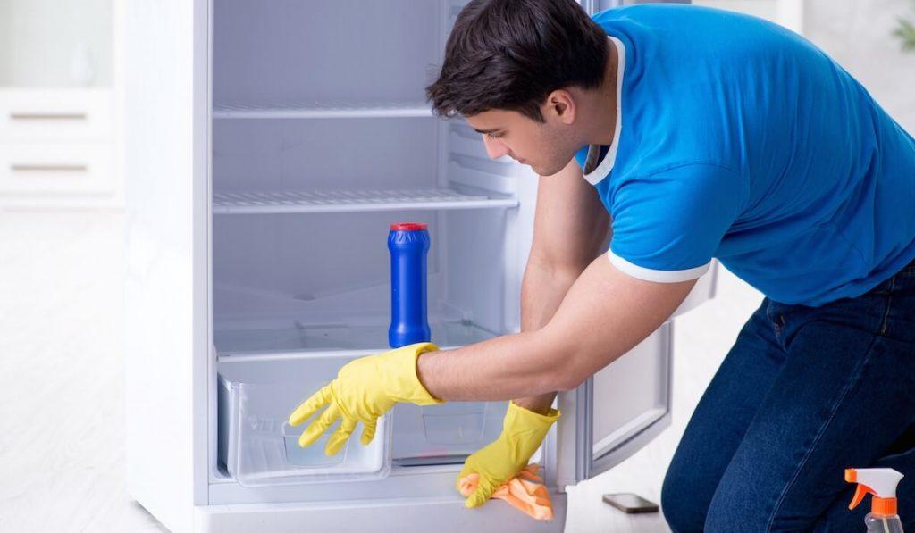 pulizia frigorifero