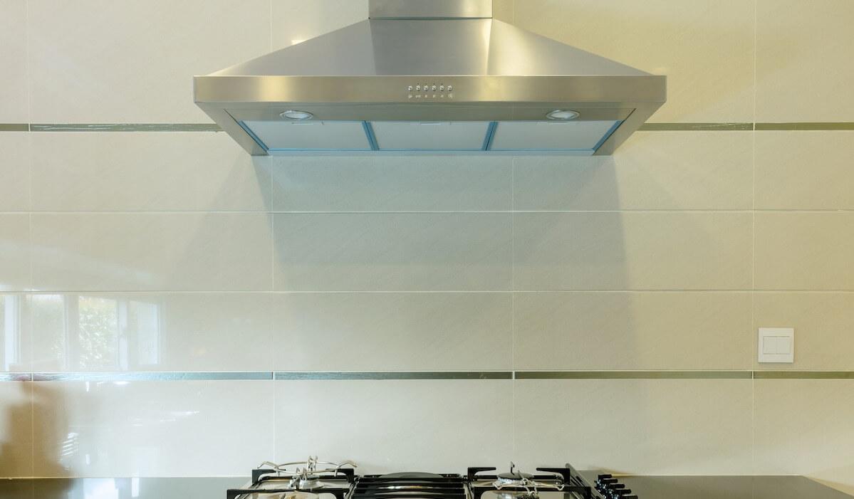 Come pulire la cappa della cucina in modo impeccabile - Stile Donna
