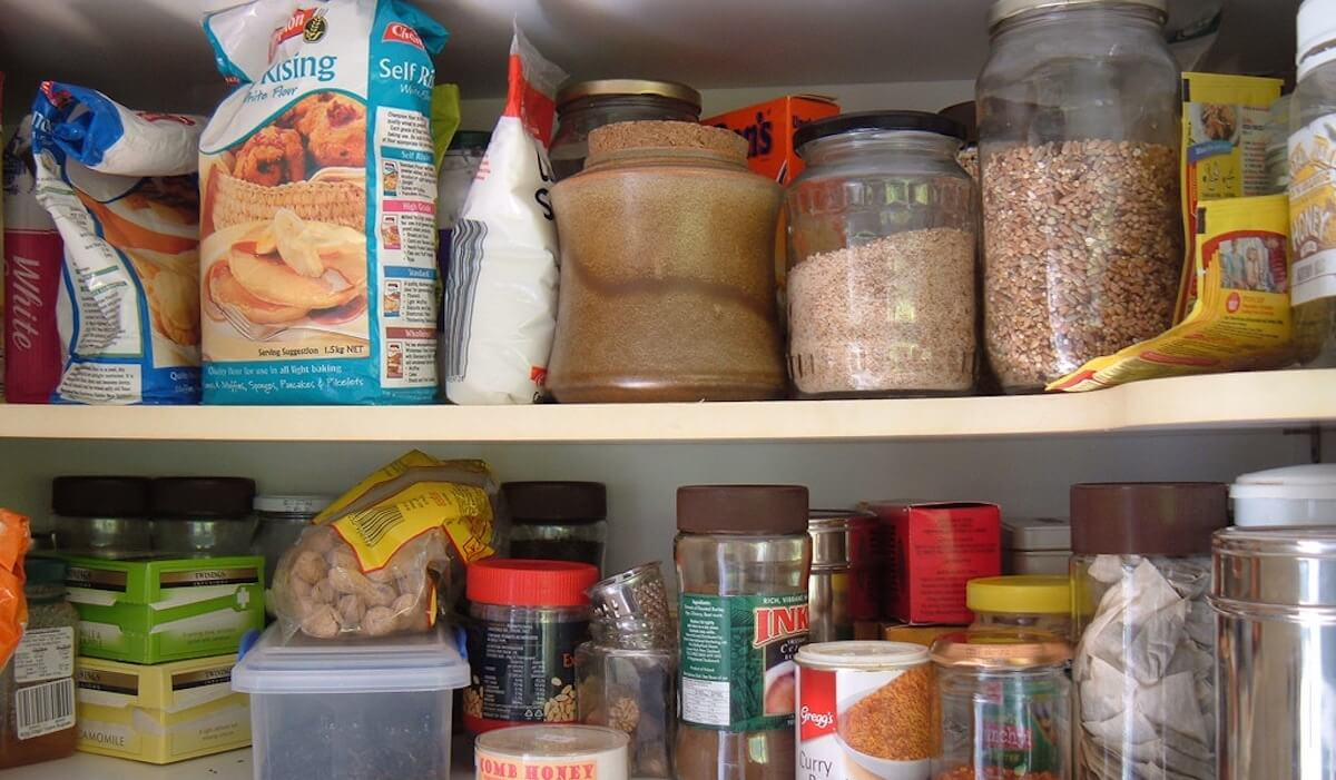 Organizzare Dispensa Cucina.Come Organizzare La Dispensa In Cucina Stile Donna