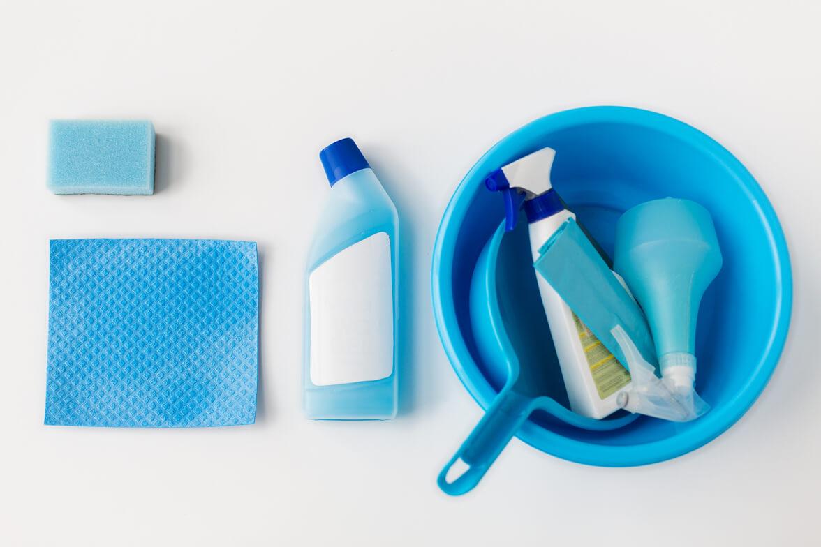 Come Spolverare I Mobili In Legno.Come Preparare Un Ottimo Detergente Naturale Per Pulire I