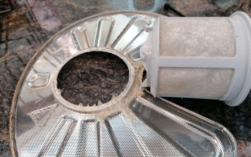 manutenzione filtro lavastoviglie