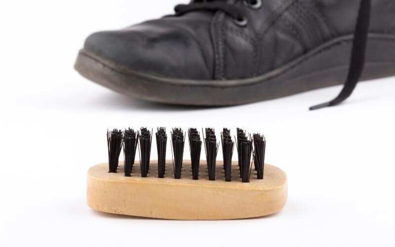 spazzola per scarpe
