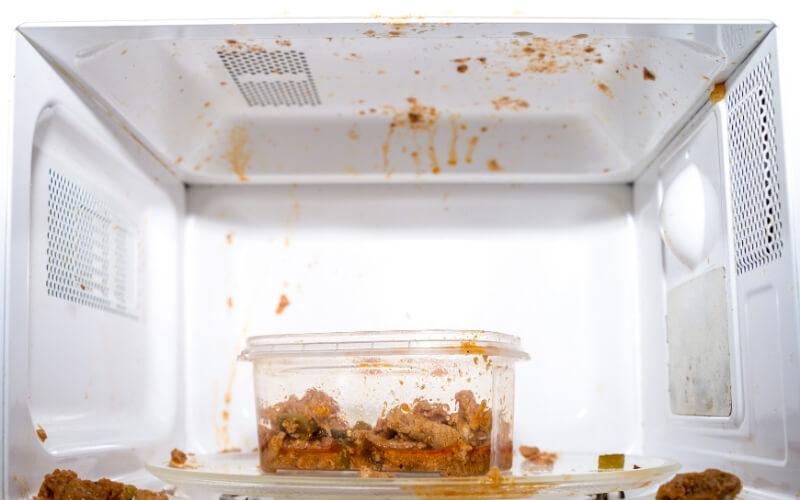 cibo sporca microonde