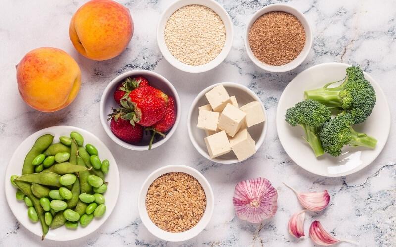 alimenti consigliati in menopausa
